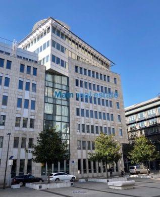 Moderne Büroetage mit exklusiver Terrassenfläche, 60329 Frankfurt, Bürofläche