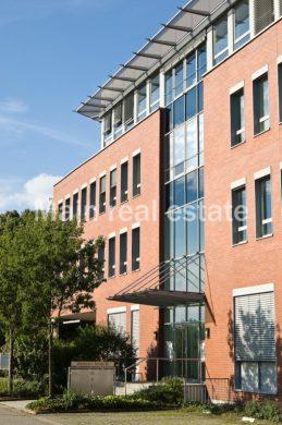 Attraktive Büroetage mit Dachterrasse, 64546 Mörfelden-Walldorf, Bürofläche zur Miete