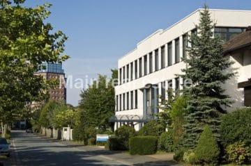 Modernes Büro mit Dachterrasse, 63225 Langen, Office area